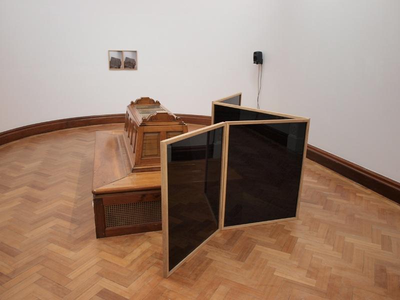 Gavin Murphy- Remember, The Golden Bough; Courtesy of Dublin City Gallery, The Hugh Lane.